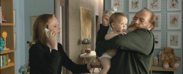 Rory baut schnell eine Beziehung zu seinem Enkelsohn Jamie auf © 2018 Constantin Film Verleih GmbH