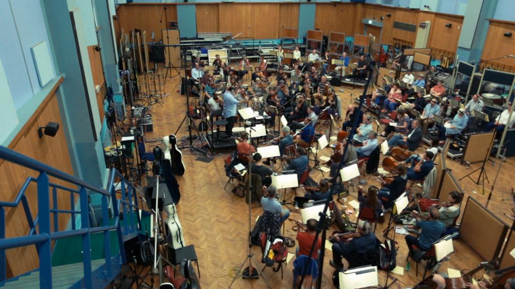 """Aufnahmen in den Abbey Road Studios, London. Szene aus """"Score - Eine Geschichte der Filmmusik"""" © EuroVideo"""