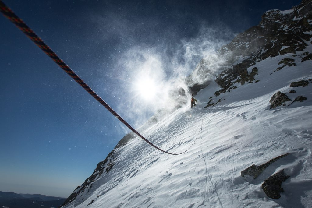 "Gutes Wetter in der Nähe des Gipfels ""Mountain"" © DCM Film Distribution"