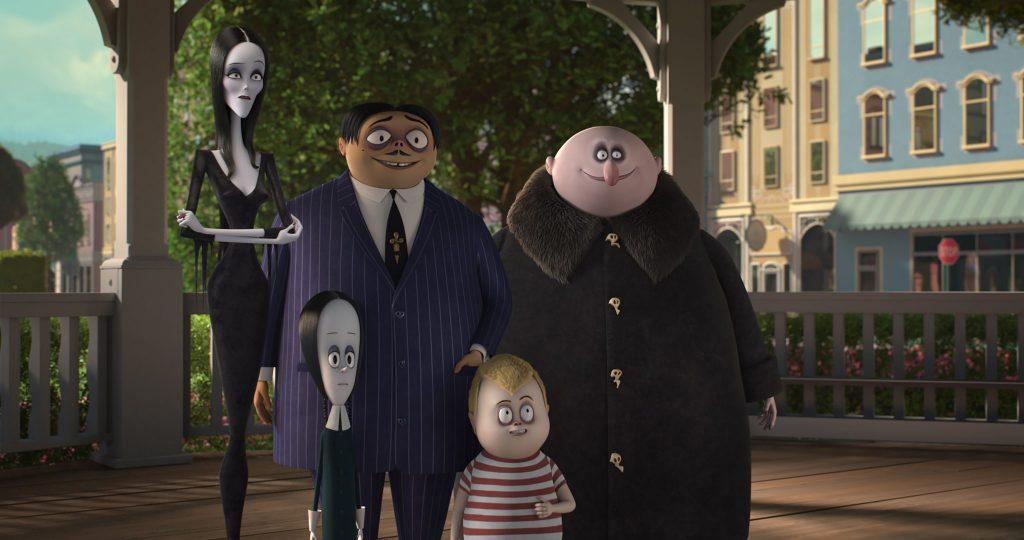 Die Addams Family stellt sich bei ihrer neuen Stadt vor