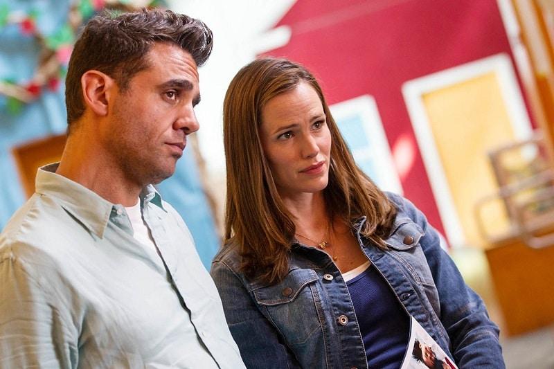 Tom und Samantha schauen skeptisch drein - Mr. Collins' zweiter Frühling