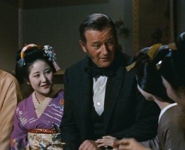 John Wayne stellt sich den Geishas vor.