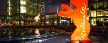 Der Berlinale Bär im Sony-Center am Potsdamer Platz