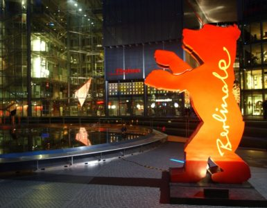 Der Berlinale Bär im Sony-Center am Potsdamer Platz