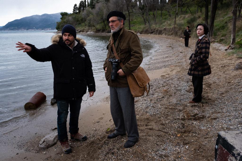 Andrew Levitas und Johnny Depp am Set zu Minamata © Larry Horricks / HanWay Films