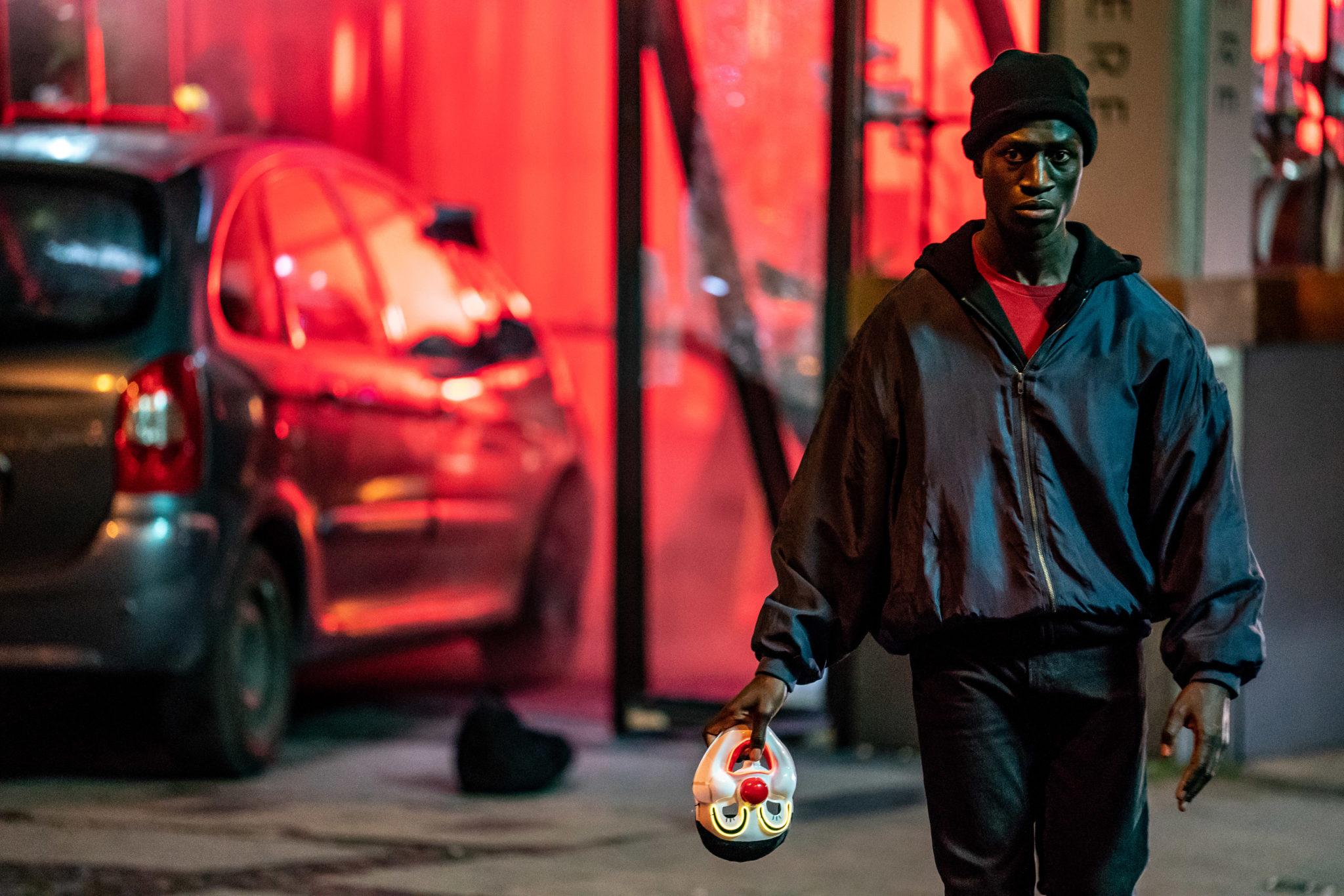 Welket Bungué spielt Francis in Berlin Alexanderplatz