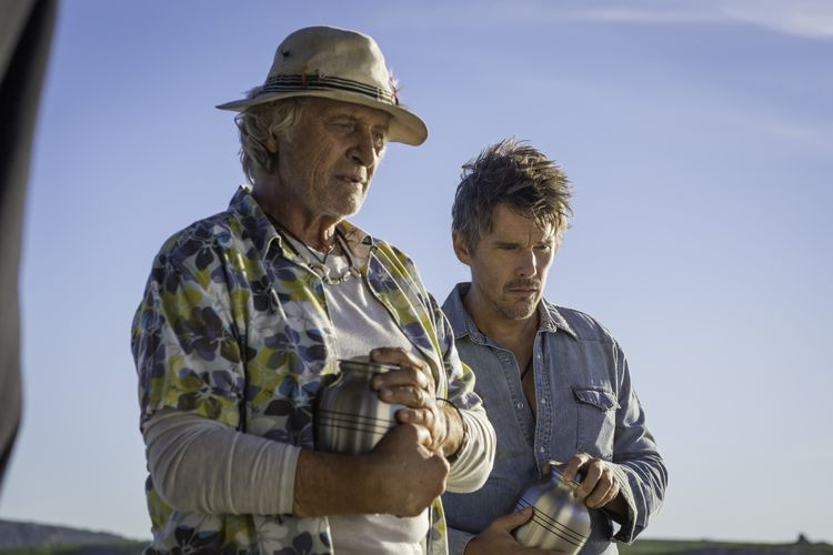 Rutger Hauer und Ethan Hawke in24 Hours to Live ©Universum Film