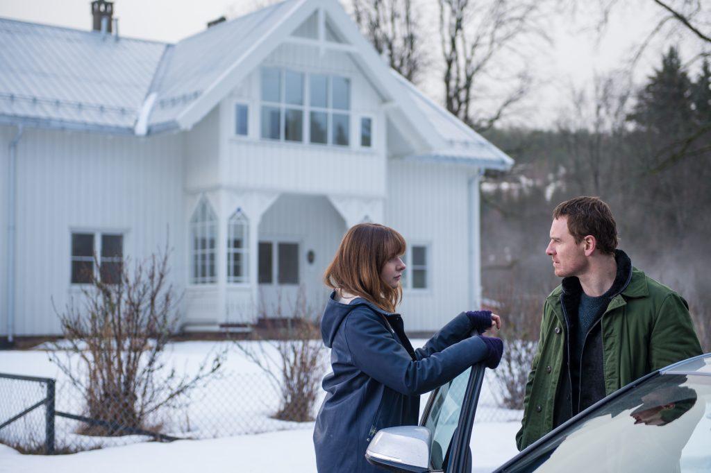 """Rebecca Ferguson und Michael Fassbender als """"Katrine Bratt"""" & """"Harry Hole"""" in """"Schneemann"""""""
