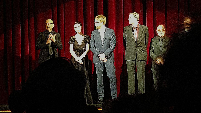 Vor dem Film gab es eine kurze Vorstellung von Regisseur und Darstellern