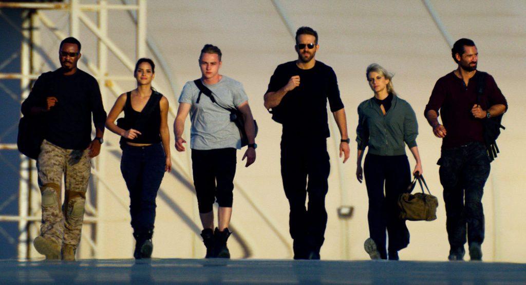 Ryan Reynolds und die anderen fünf Helden sind 6 Underground