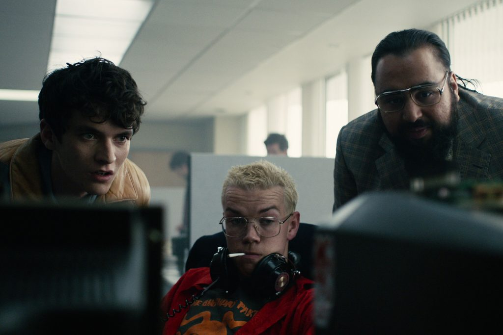 Wird Stefan (Fionn Whitehead) das Angebot annehmen? Die Entscheidung liegt bei euch! © Netflix