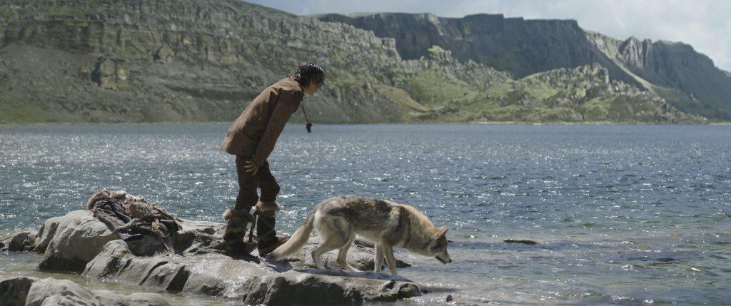 """Keda und Alpha jagen Fische in """"Alpha"""""""