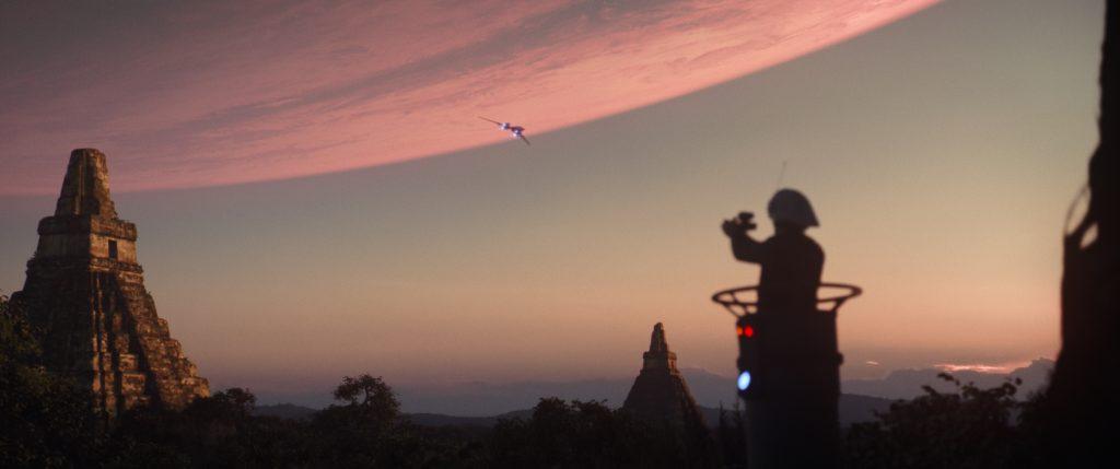 Das Bild aus Rogue One: A Star Wars Story dürfte dem einen oder anderen Fan aus Episode 4 bekannt vorkommen. ©2015 Lucasfilm Ltd. & ™, All Rights Reserved.