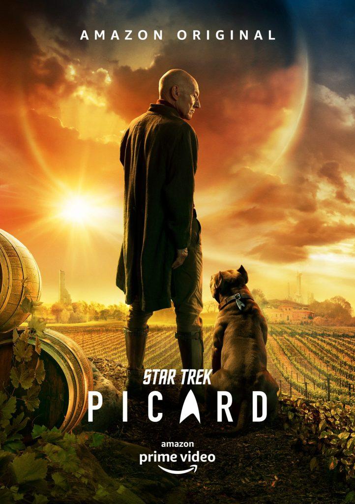 """Auch Thema in """"Filmtoast Streamcatcher"""": Das offizielle Plakat zur Star Trek Serie Picard mit Patrick Stewart in der Mitte und einem Hund an seiner Seite"""