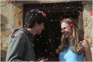 Asa Butterfield und Britt Robertson in Den Sternen so nah aus 2017