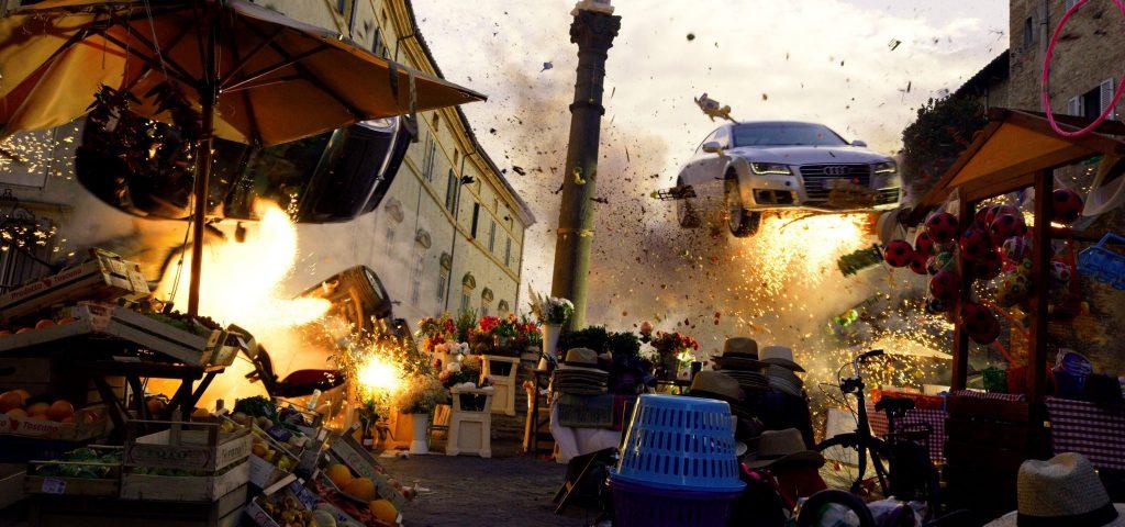 Ein Markt, Explosionen, ein fliegendes Auto