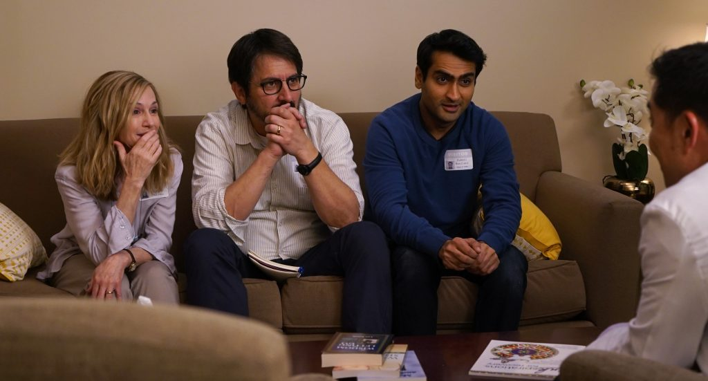 "Holly Hunter, Ray Romano und Kumail Nanijani als ""Beth"", ""Terry"" & ""Kumail"" in THE BIG SICK © Weltkino Filmverleih"