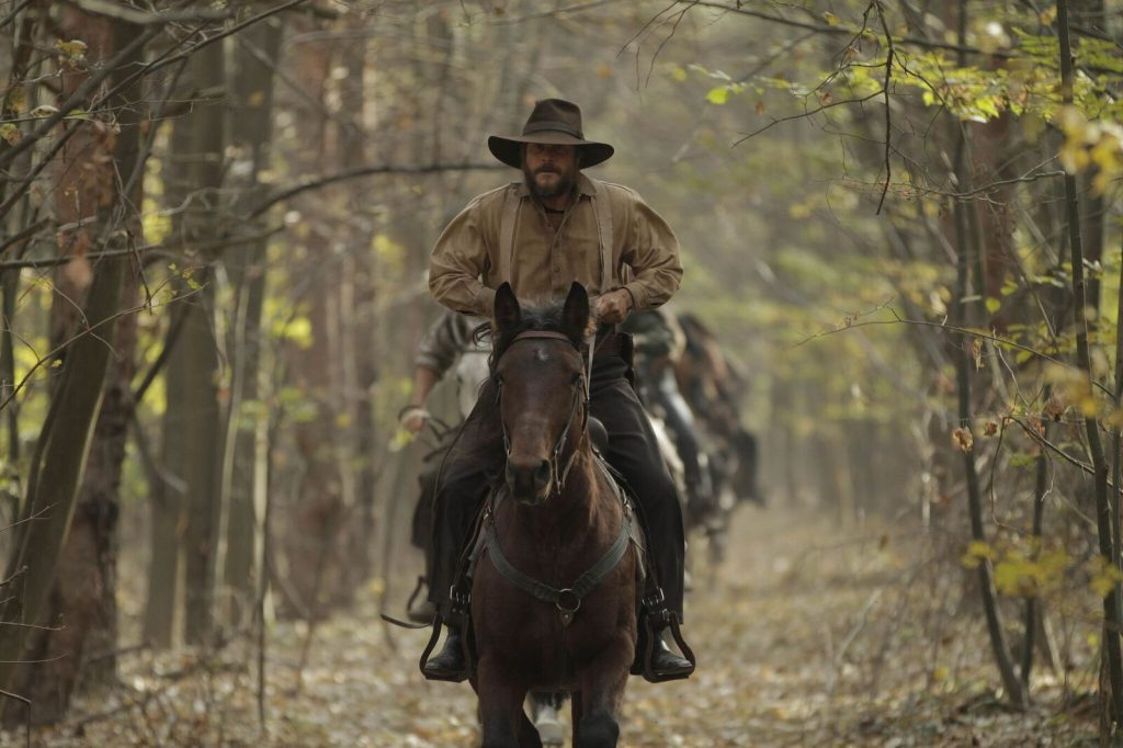 """Bill Paxton als Randolph """"Randall"""" McCoy in Hatfields & McCoys ©2012 Hatfield and McCoy Productions, LLC. All Rights Reserved."""