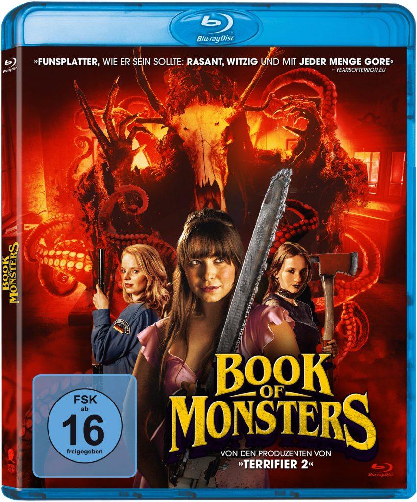 Bewaffnete Mädchen posieren vor rotem Hintergrund und vor dem Schriftzug Book Of Monsters