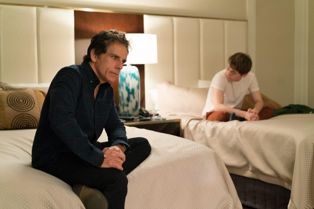 Brad Sloan und sein Sohn in einem emotionalen Gespräch