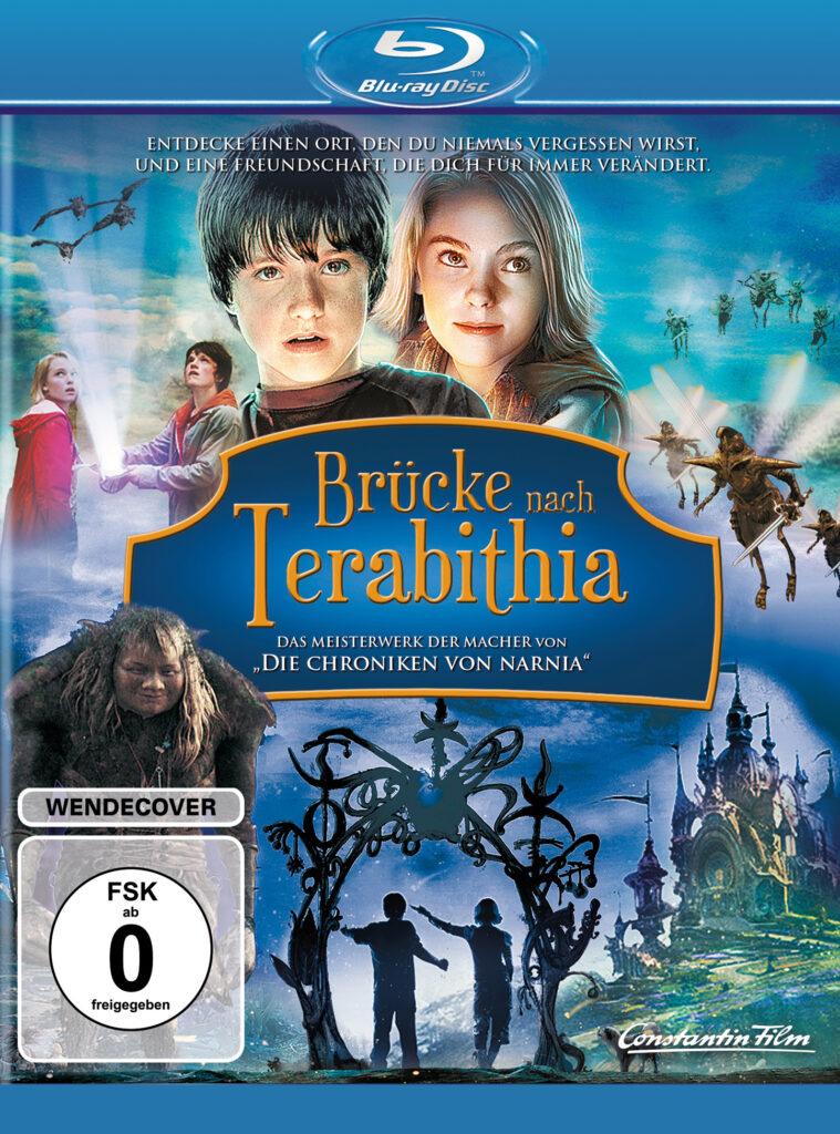 """Das deutsche Blu-ray Cover zu """"Brücke nach Terabithia"""" zeigt zentral auf einer Tafel die goldene Aufschrift des Filmtitels. Darunter sind Lebewesen und ein Schloss zu sehen, die aus Terabithia stammen. Darüber sind die beiden Protagonisten Josh Hutcherson und AnnaSophia Robb zu sehen."""