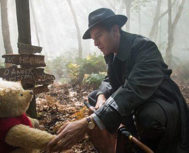 """Christopher Robin (Ewan McGregor) und Winnie Puh in """"Christopher Robin"""" © Walt Disney"""