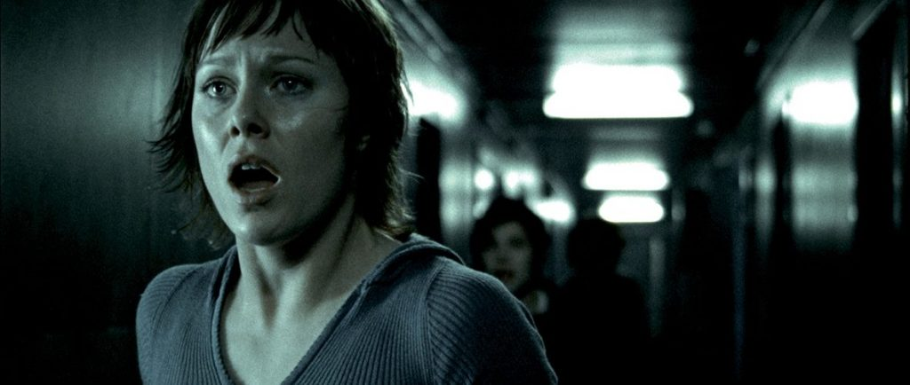 Jannicke (Ingrid Bolsø Berdal) versucht dem Killer in Cold Prey zu entkommen. © Tiberius Film