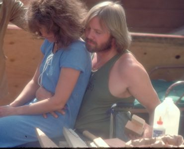 Luke und Sally lernen sich im Lazarett kennen und lieben© Koch Films