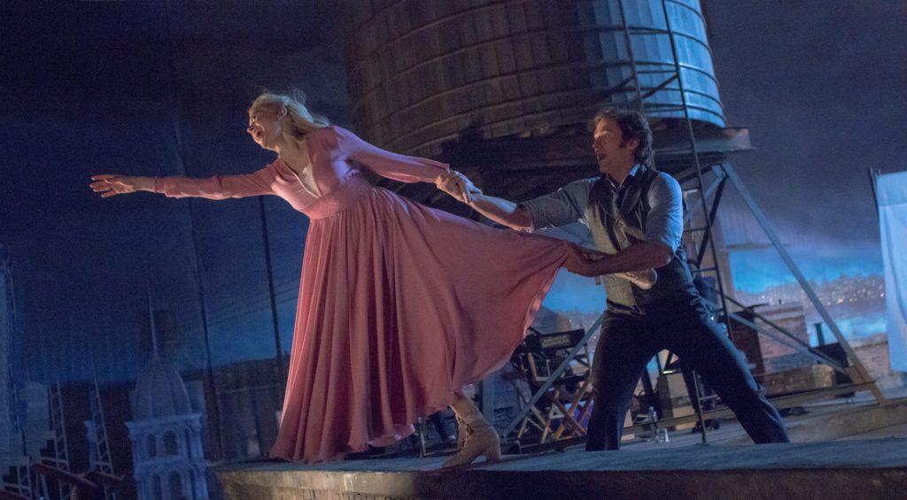 """Michelle Williams und Hugh Jackman als """"Charity"""" & """"P. T. Barnum"""" in """"Greatest Showman"""" © 20th Century Fox"""