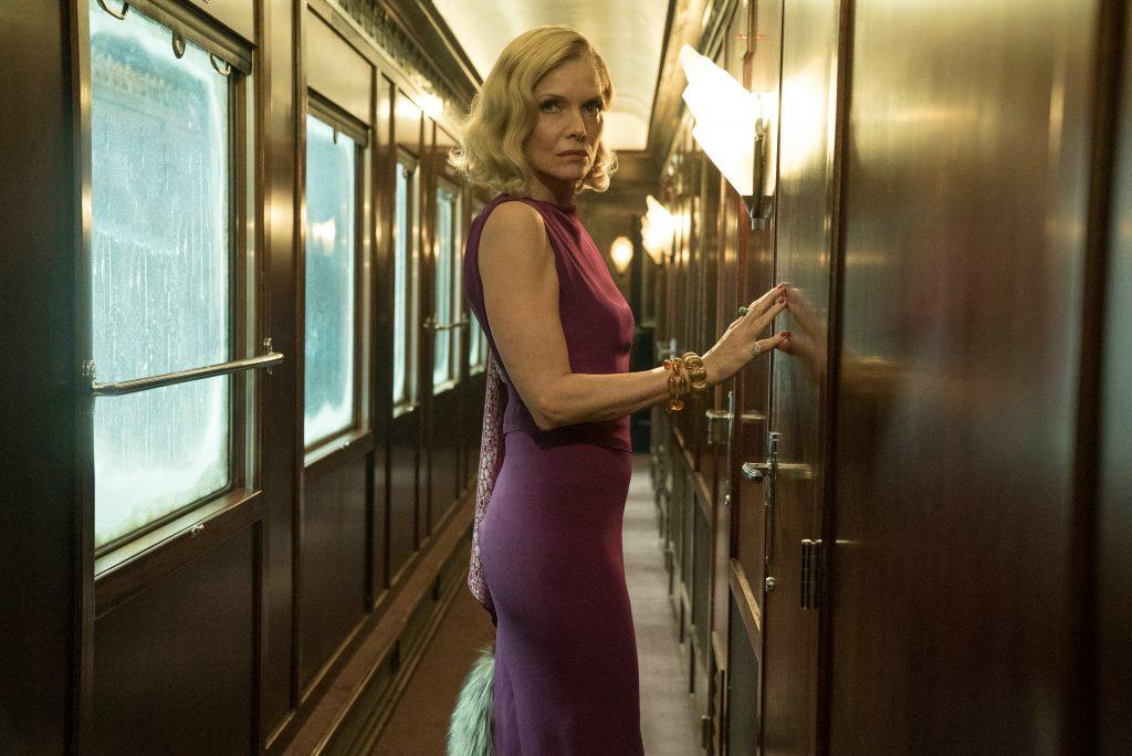 """Michelle Pfeifer als """"Caroline Hubbard"""" in """"Mord im Orient Express"""" by 20th Century Fox"""