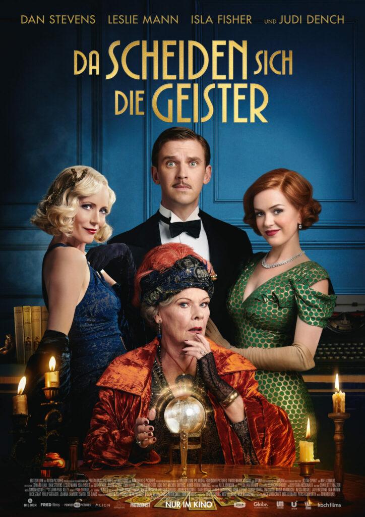 """Filmplakat zu """"Da scheiden sich die Geister"""" - zu sehen sind v.l.n.r. Leslie Mann als Elvira, Dan Stevens als Charles, Isla Fisher als Ruth und im Vordergrund Judi Dench als Madame Arcati."""