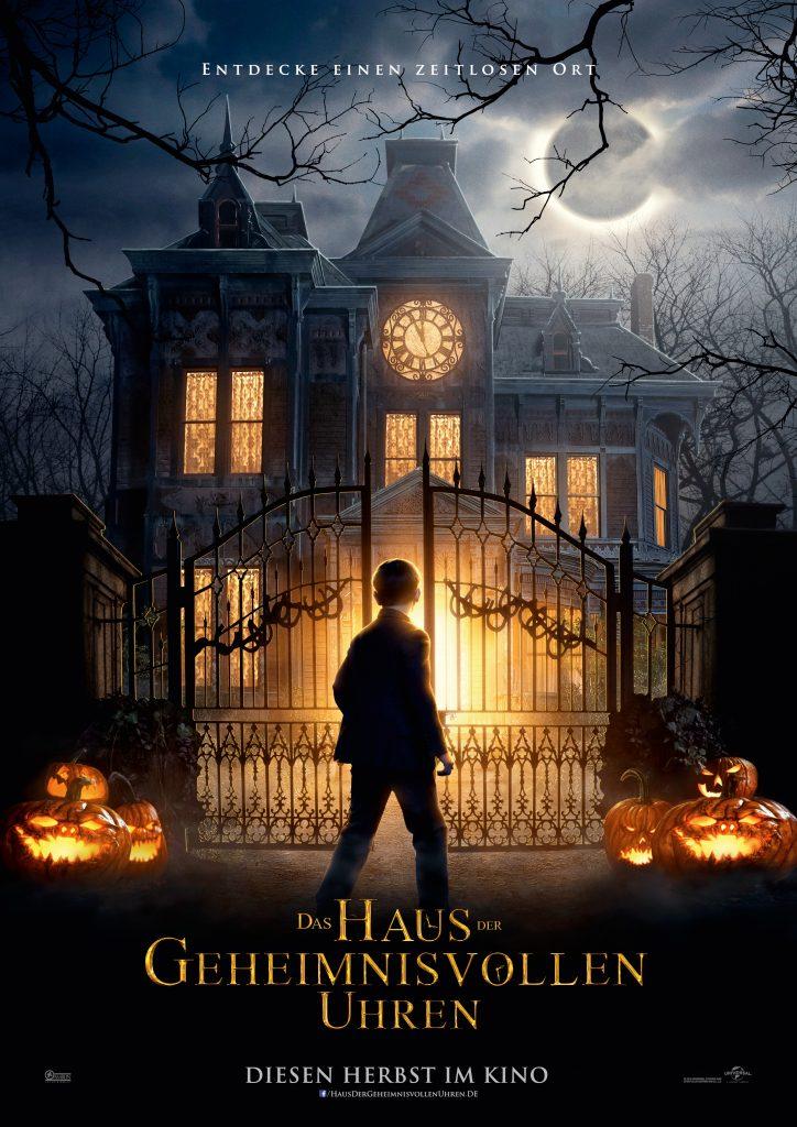 Das offizielle Filmposter von Das Haus der geheimnisvollen Uhren. © Universal Pictures