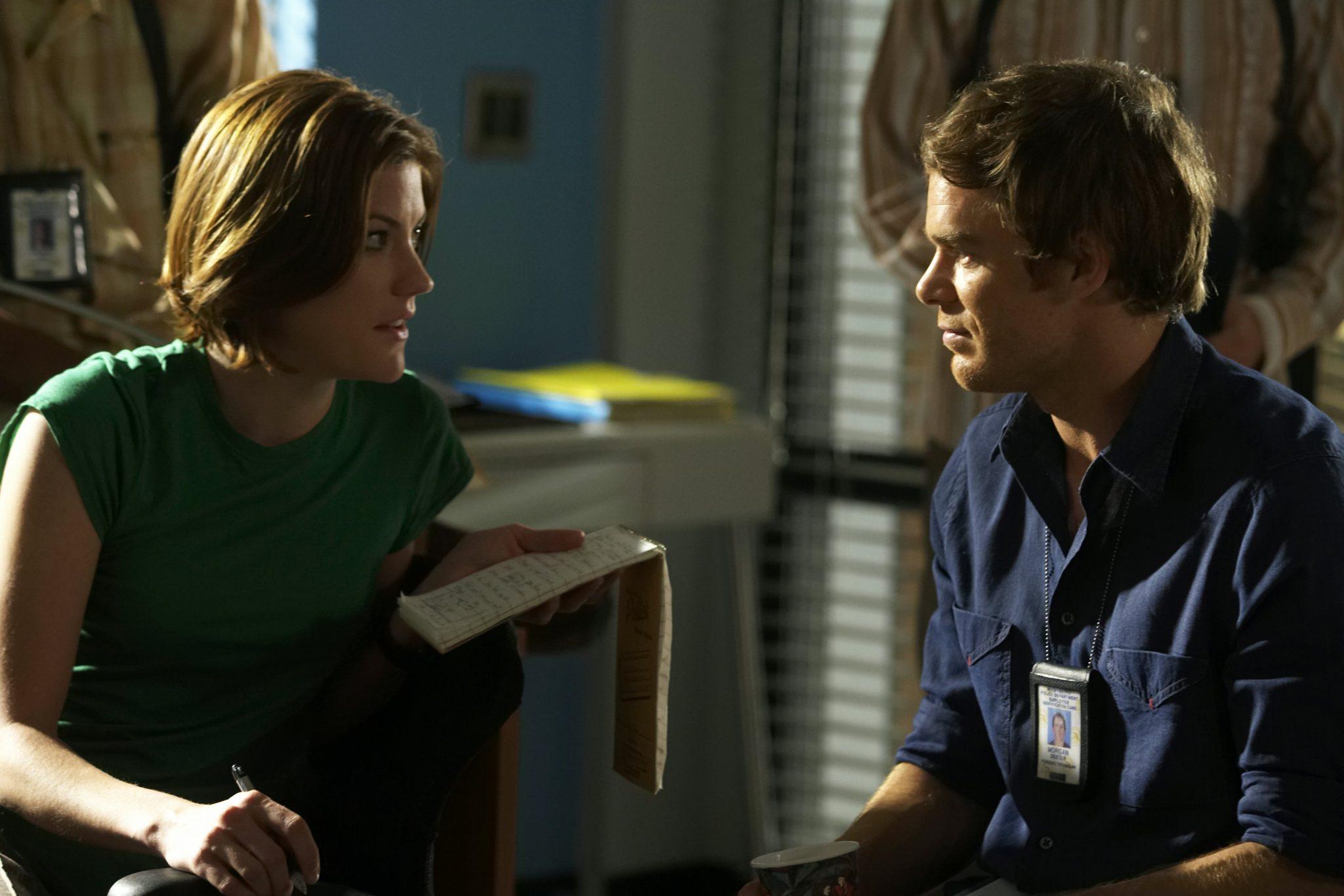Debra Morgan und ihr Bruder Dexter Morgan in Dexter