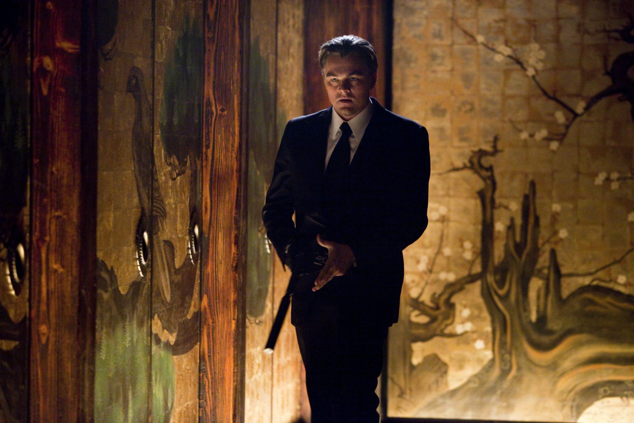 Dom Cobb (Leonardo DiCaprio) ist in Gefahr in Inception von 2010