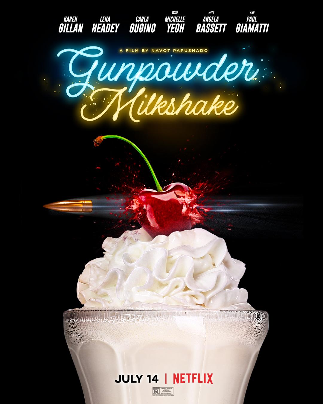 Das Poster zu Gunpowder Milkshake zeigt eine Patrone, die durch eine Kirsche geschossen wurde. Die Kirsche auf einem Sahne-Eisbecher ist geplatzt. Der Titel steht oberhalb in neonfarbener Schrift.