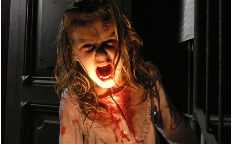 Ein infiziertes Kind in [REC] von 2007 ©Universum Film Home Entertainment