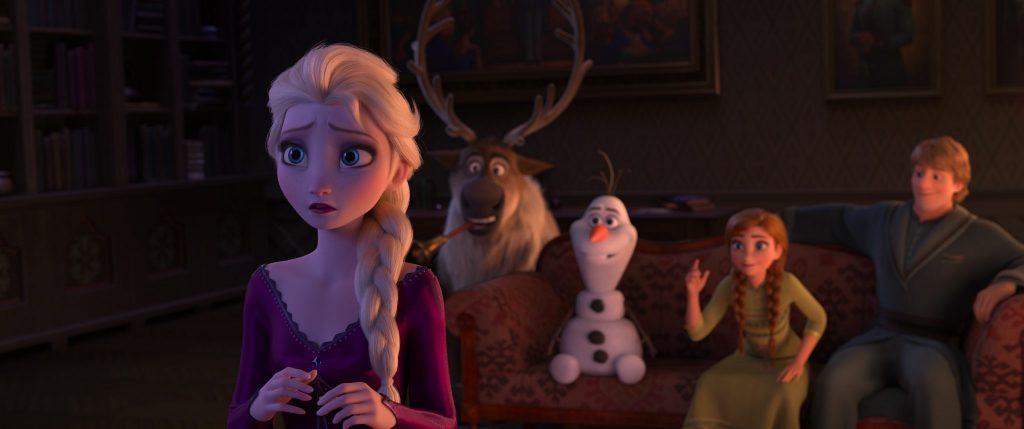 In die Einkönigin 2 ist Elsa besorgt, während ihre Freunde versuchen zu ergründen, was mit ihr los ist
