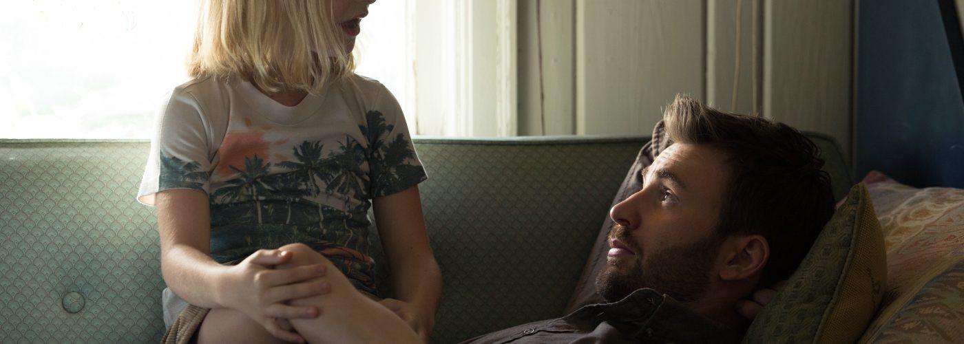 Frank (Chris Evans) und die kleine Mary (McKenna Grace) in Begabt-Die Gleichung eines Lebens