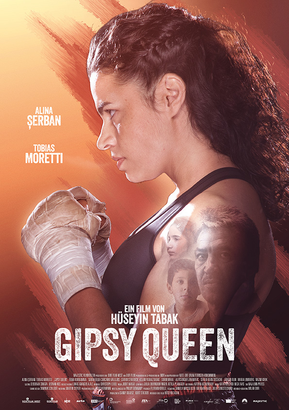 Auf dem Filmplakat von Gipsy Queen steht Ali in Boxerpose seitlich zur Kamera und hebt die Fäuste.