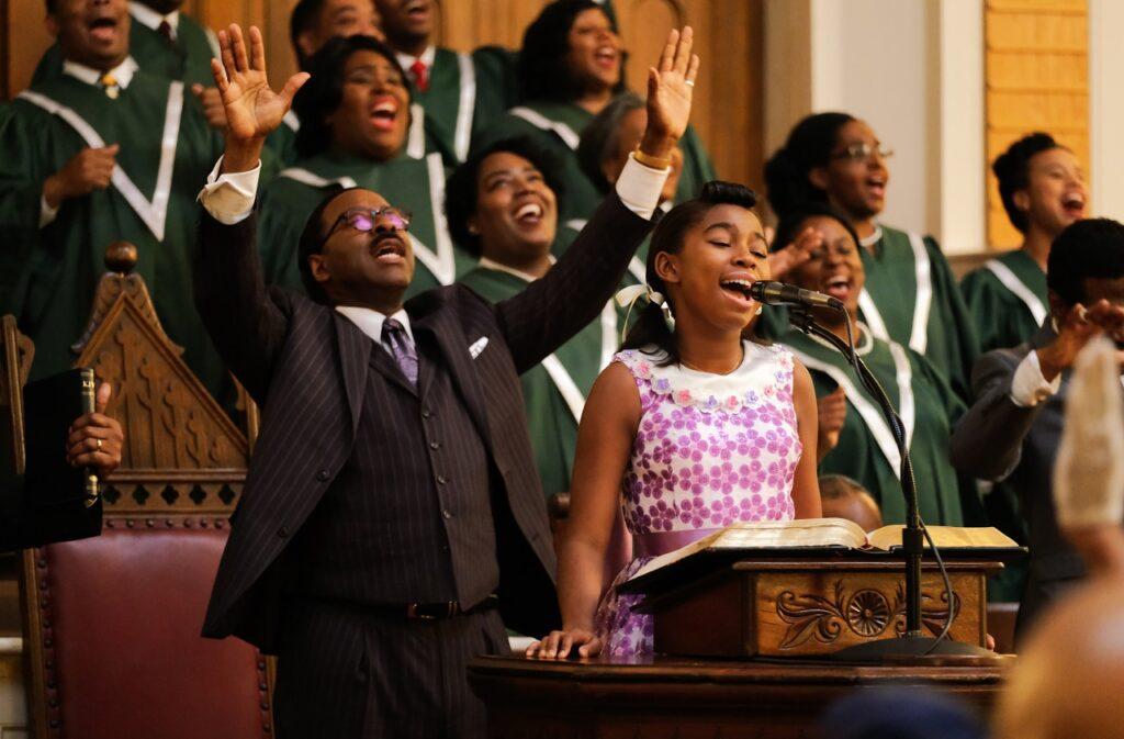 Die junge Aretha Franklin sing im Ghospel-Chor - Neu auf Disney+ im Juni 2021