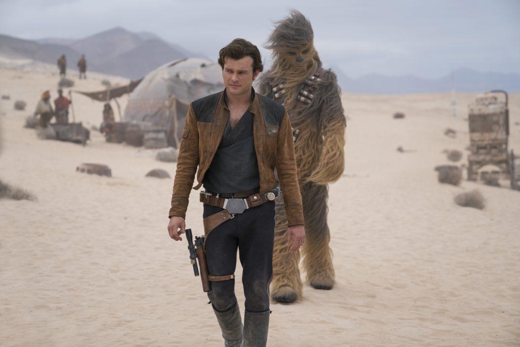 """Alden Ehrenreich als junger Han Solo in """"Solo: A Star Wars Story"""" © Walt Disney"""