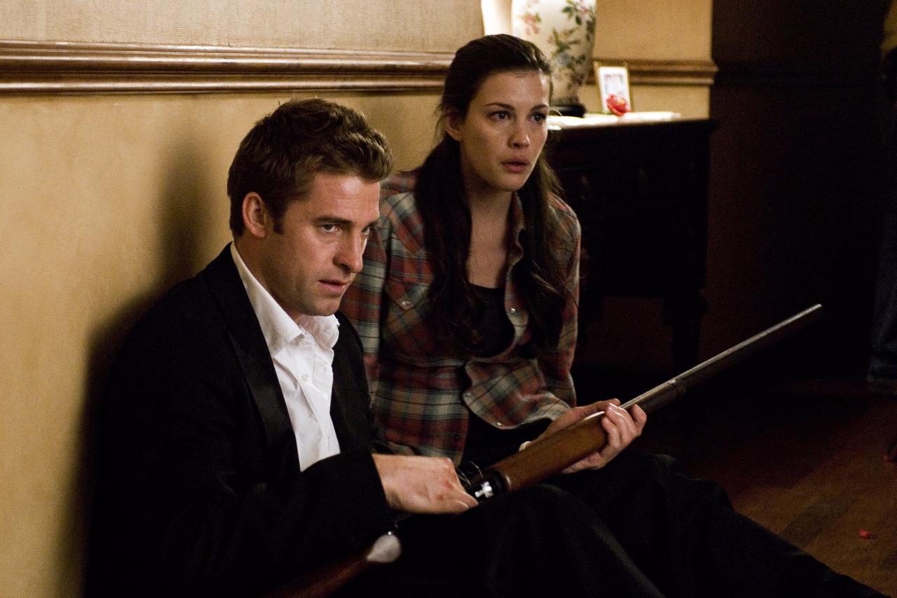 James und Kristen kämpfen um ihr Leben (©Studiocanal Home Entertainment)