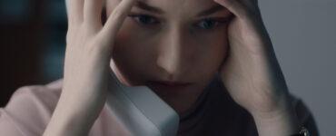 """Jane kann einfach nicht glauben, was sich abspielt in """"The Assistant"""" ©Ascot Elite Entertainment"""