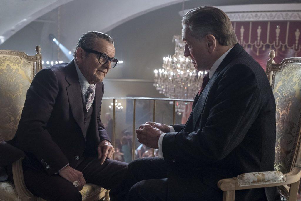Die besten Filme von Regie-Legende Martin Scorsese beinhalten nun u.a. auch The Irishman (Joe Pesci im Gespräch mit Robert De Niro)