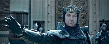 King_Arthur_Legend_of_the_Sword_Jude Law