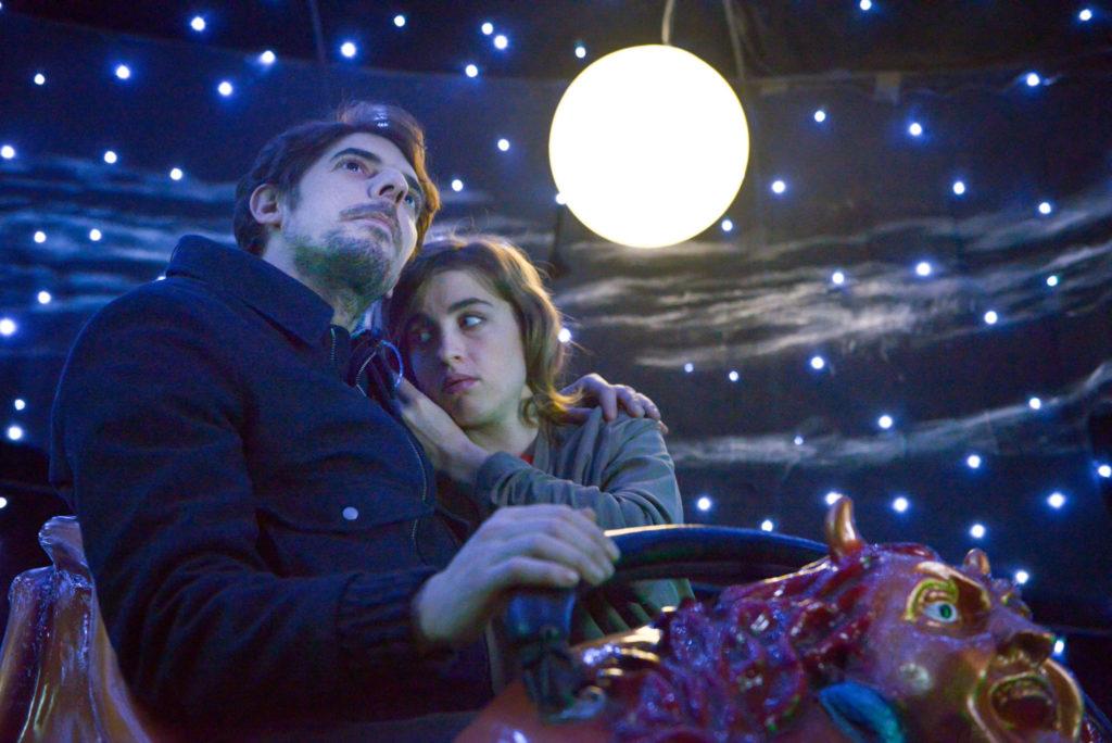 Adèle Hahnel mit Damien Bonnard in Lieber Antoine als gar keinen Ärger