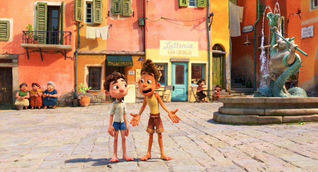 Luca und Alberto stehen auf dem Marktplatz im kleinen Fischerdörfchen Portorosse und diskutieren über ihre weiteres Vorgehen.