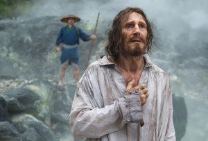Liam Neeson ehrfürchtig in Silence