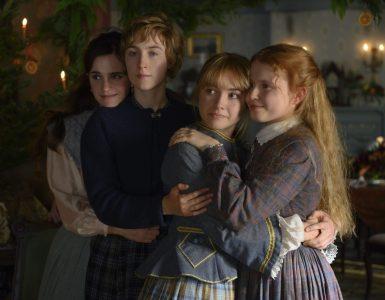Die vier Schwestern in Little Women schauen halten zusammen
