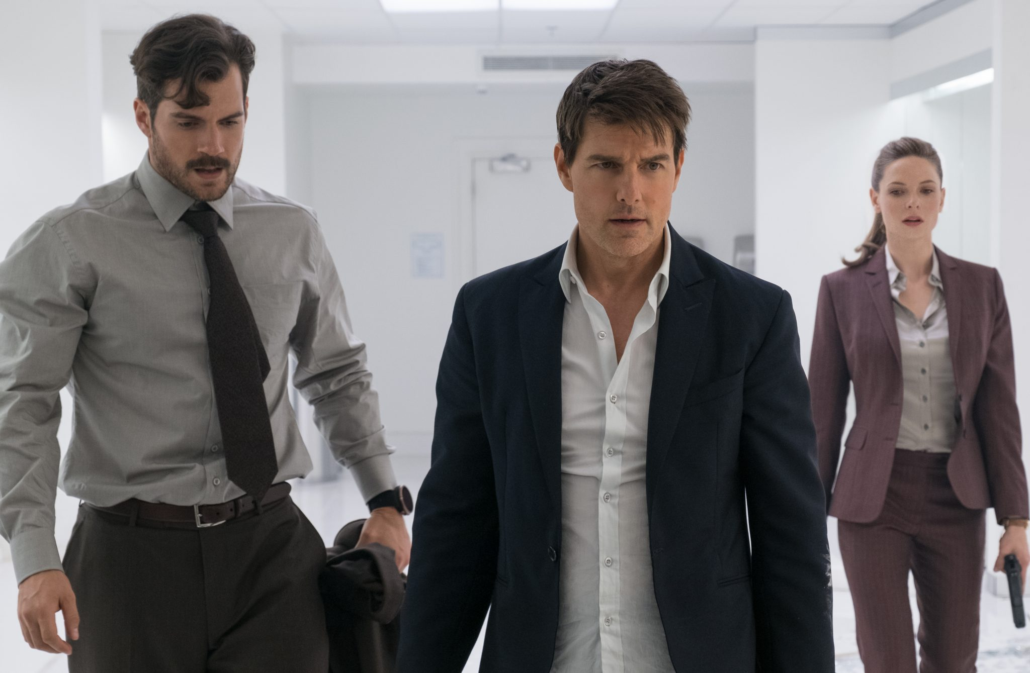 """Henry Cavill als """"August Walker"""", Tom Cruise als """"Ethan Hunt"""" und Rebecca Ferguson als """"Ilsa Faust"""" in MISSION: IMPOSSIBLE - FALLOUT © Paramount Pictures"""